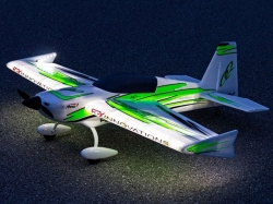 Premier Aircraft QQ Extra 300 V2 1.22m Night Super PNP Grü..