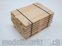 Holz-Bretter 1-lagig auf Palette 1:14 Handgefertigt