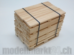 Holz-Bretter 4-lagig auf Palette 1:14 Handgefertigt