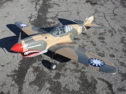 """TopFlite P-40 Warhawk 86"""" 2.19m Vorführmodell"""