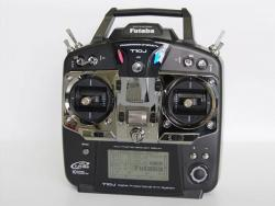 Futaba T10J/R3008SB 2.4Ghz T-FHSS Mode 1 10-Kanal-Fernsteuerung ohne Akku/Ladege
